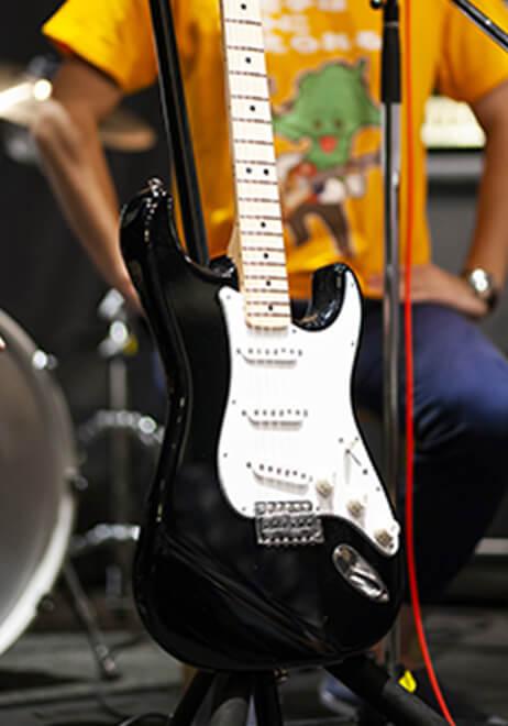 参加者のギター4