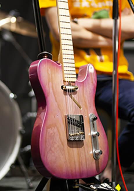 参加者のギター5