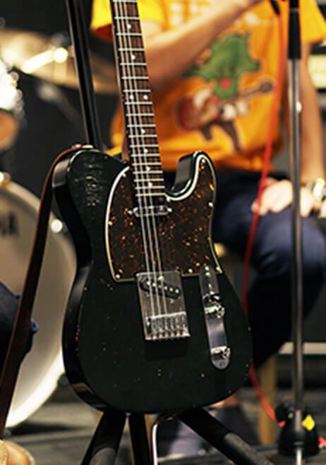 参加者のギター7