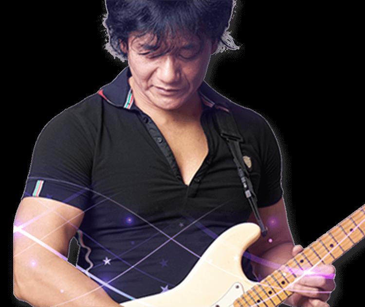ギター講師 古川 歩