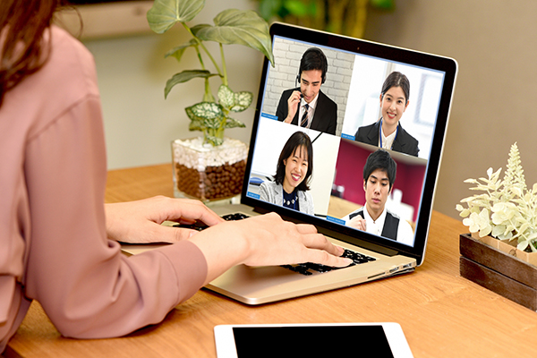 skypeやzoomなどのビデオ通話用アカウント